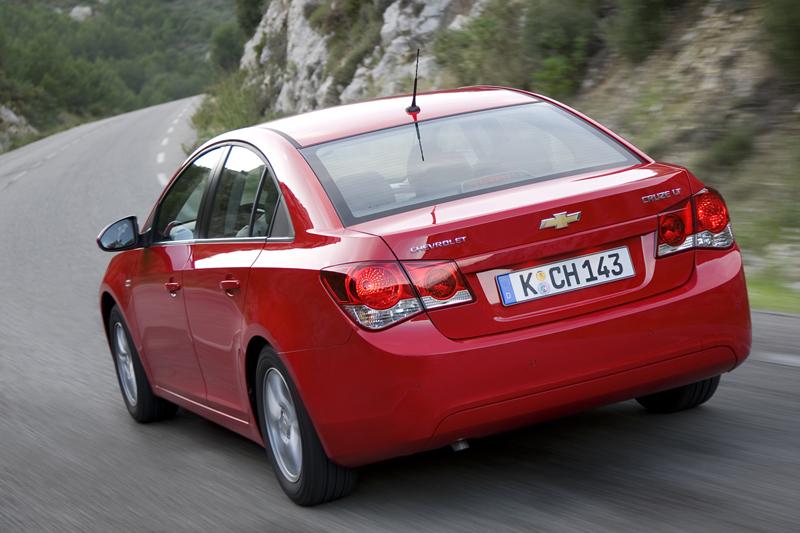 Foto Trasera Chevrolet Cruze Sedan 2009
