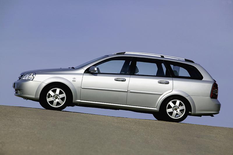 Foto Perfil Chevrolet Nubira Familiar 2008