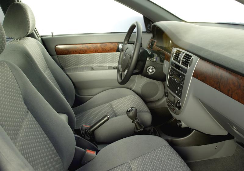 Foto Interiores Chevrolet Nubira Sedan 1999