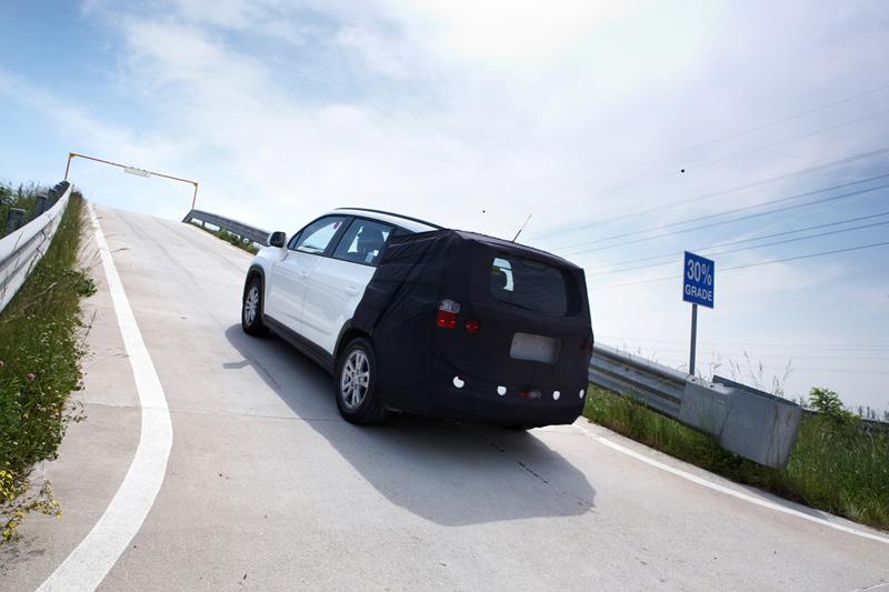 Foto Tecnicas Chevrolet Orlando Monovolumen 2010