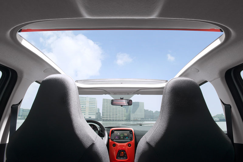 Foto Interiores Citroen C1 Dos Volumenes 2014