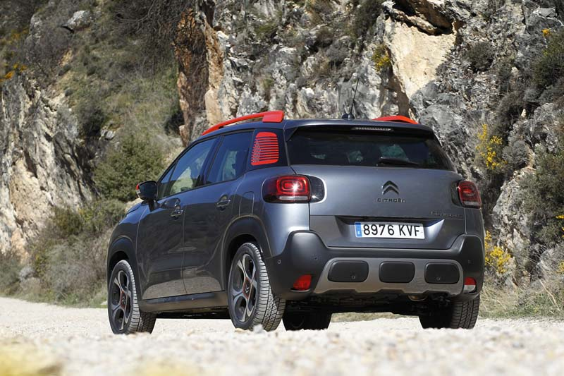 Citroën C3 Aircross BlueHDi 120 EAT6, foto trasera