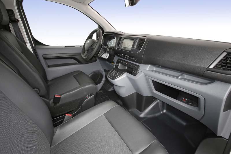 Citroën ë-Jumpy, foto asientos delanteros