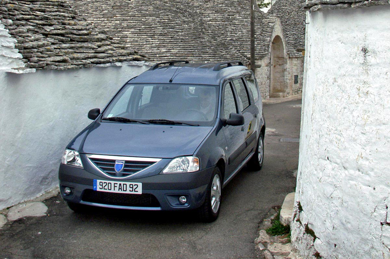 Foto Delantero Dacia Logan Familiar 2006