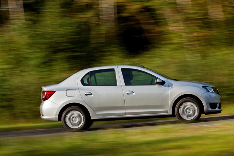 Foto Lateral Dacia Logan Sedan 2012