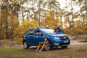 Foto Exteriores (7) Dacia Sandero-stepway Dos Volumenes 2012