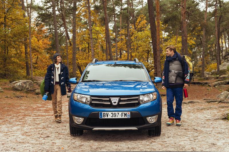 Foto Exteriores Dacia Sandero Stepway Dos Volumenes 2012