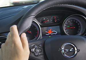 Foto Forward Collision Alert (1) Diccionario Forward-collision-alert