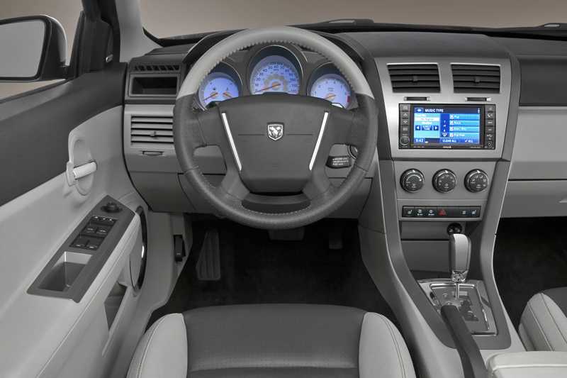 Foto Salpicadero Dodge Avenger Sedan 2008