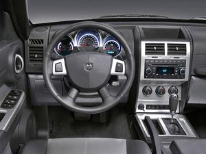 Foto Salpicadero Dodge Nitro Suv Todocamino 2008