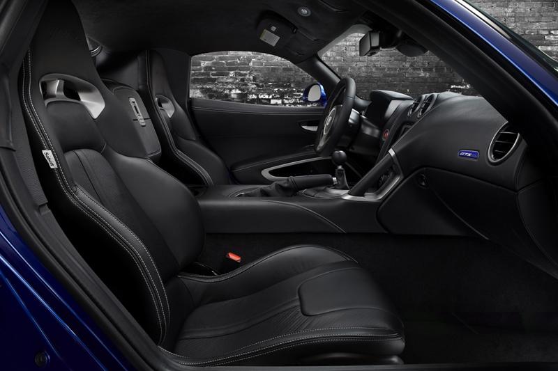 Foto Interiores Dodge Viper Srt Cupe 2012