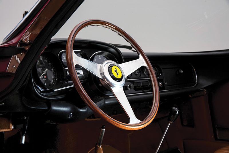 Foto Interiores Ferrari 275 Gts 4 Nart Spider Descapotable 1968