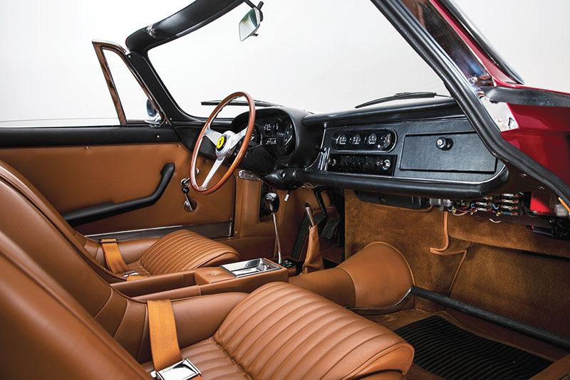 Foto Salpicadero Ferrari 275 Gts 4 Nart Spider Descapotable 1968