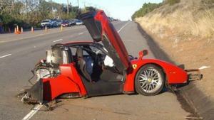 Foto Exterior Accidente Ferrari Enzo Cupe 2004