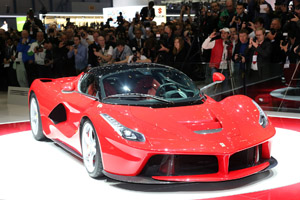 Foto Exteriores 2 Ferrari Laferrari Cupe 2013