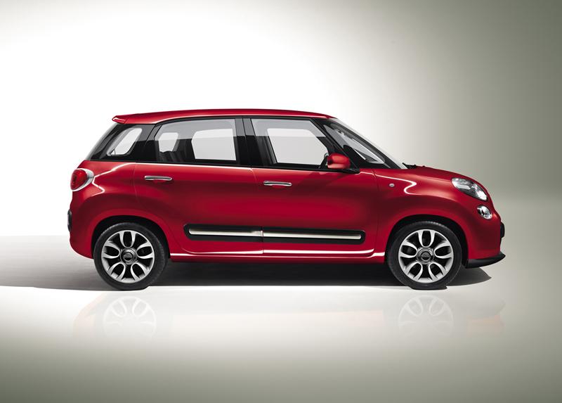 Foto Lateral Fiat 500l Monovolumen 2012