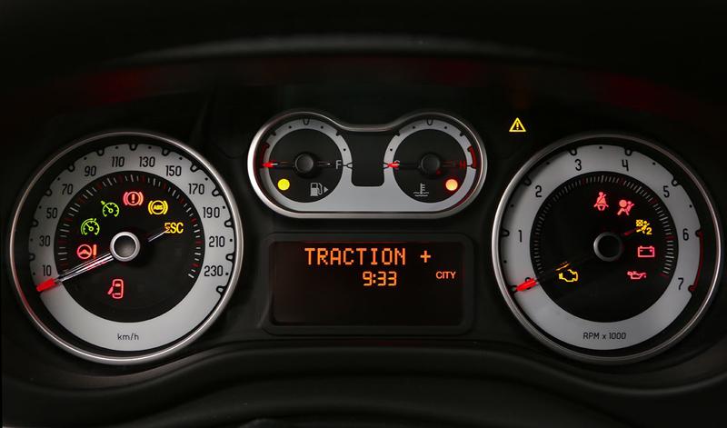 Foto Interior Fiat 500l Beats Monovolumen 2014