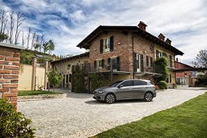 Foto Exteriores (18) Fiat Tipo Dos Volumenes 2016