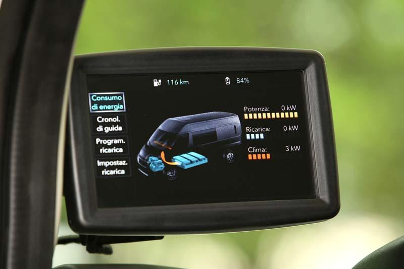 Fiat e-Ducato, foto pantalla gestión eléctrica