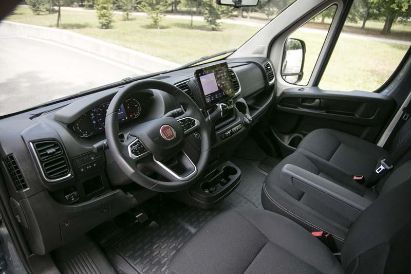 Foto Interiores Fiat Ducato Comercial 2021
