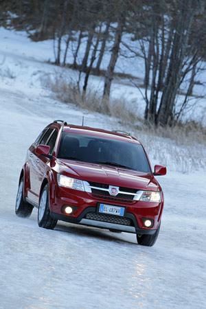 Foto Exteriores 04 Fiat Freemont Suv Todocamino 2012