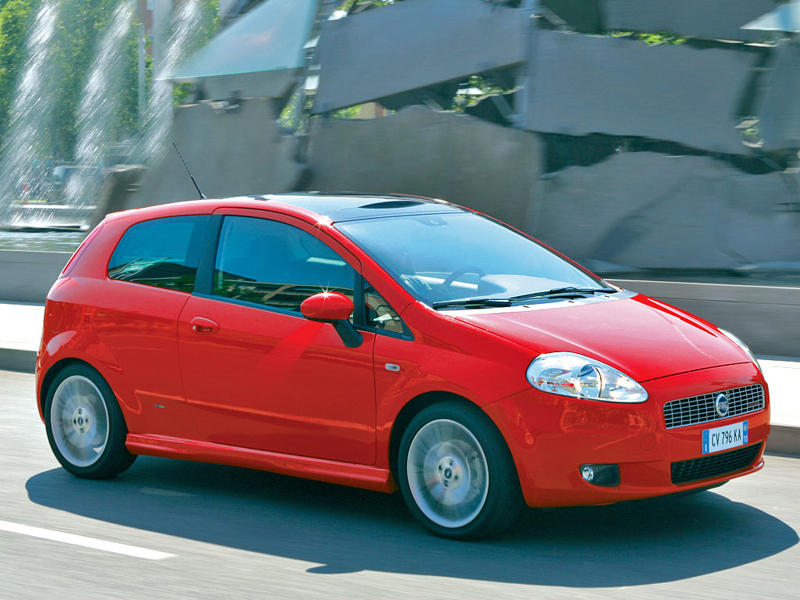 Foto Lateral Fiat Grande Punto Dos Volumenes 2007
