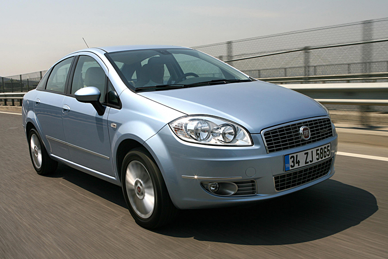 Foto Delantero Fiat Linea Sedan 2007