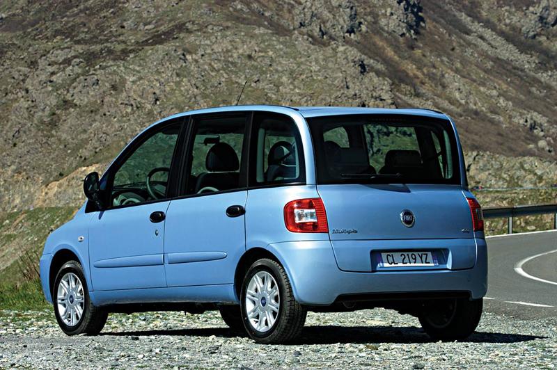 Foto Trasero Fiat Multipla Monovolumen 2007