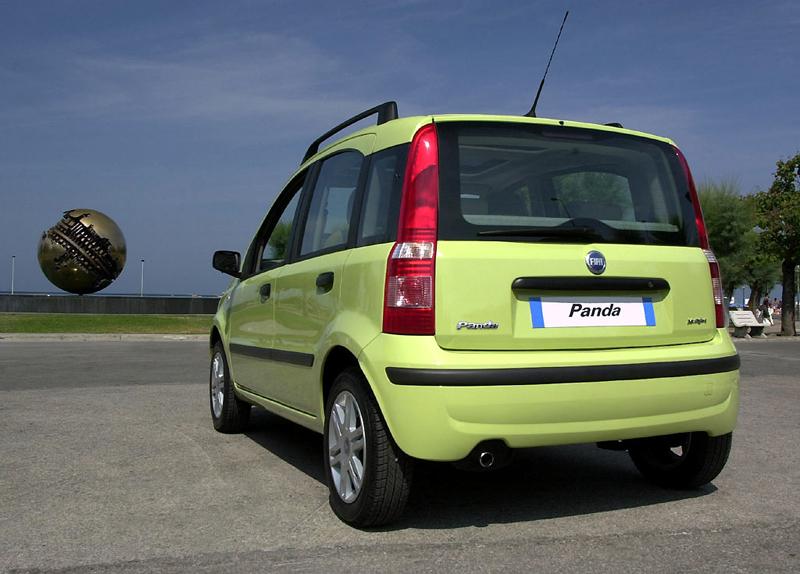 Foto Trasero Fiat Panda Dos Volumenes 2006