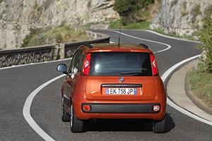 Foto Trasera Fiat Panda Dos Volumenes 2012
