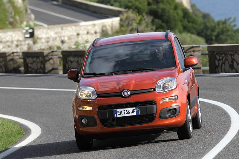 Foto Delantera Fiat Panda Dos Volumenes 2012