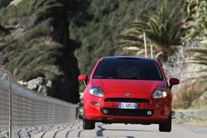 Foto Exteriores 11 Fiat Punto Dos Volumenes 2012