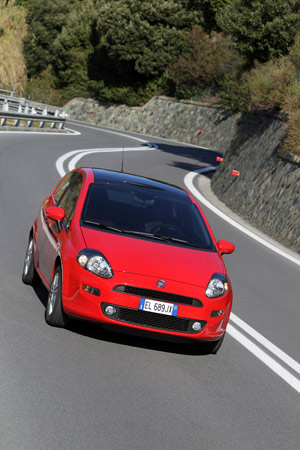 Foto Exteriores 12 Fiat Punto Dos Volumenes 2012