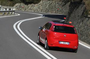Foto Exteriores 13 Fiat Punto Dos Volumenes 2012