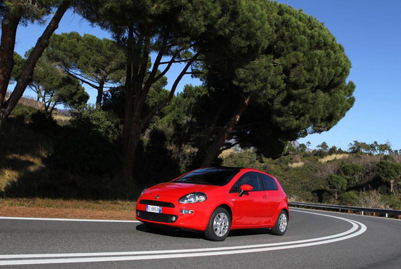 Foto Exteriores Fiat Punto Dos Volumenes 2012