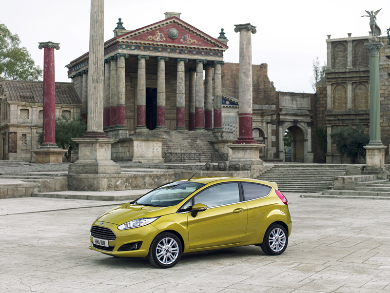 Foto Exteriores Ford Fiesta Dos Volumenes 2012