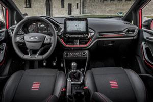 Foto Interiores 9 Ford Fiesta Dos Volumenes 2017