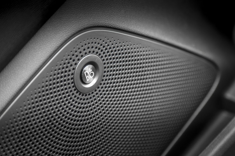 Ford Fiesta 1.0 EcoBoost 140 CV 2017, foto equipo de sonido B&O