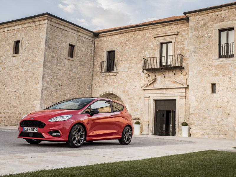 Foto Exteriores Ford Fiesta Dos Volumenes 2017