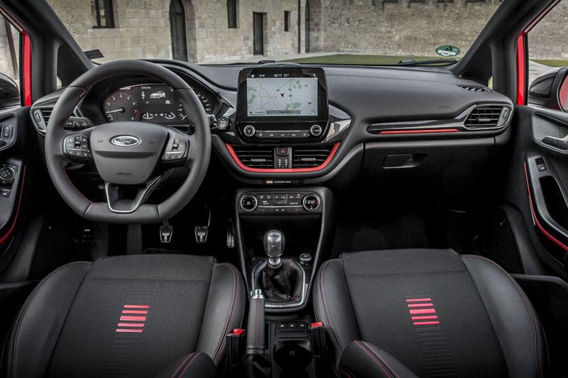 Ford Fiesta 1.0 EcoBoost 140 CV 2017, foto interior