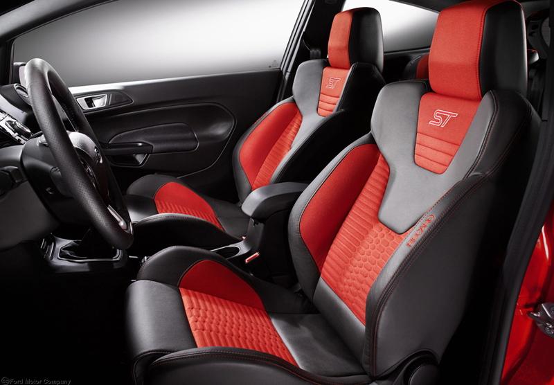 Foto Interiores Ford Fiesta St Dos Volumenes 2013