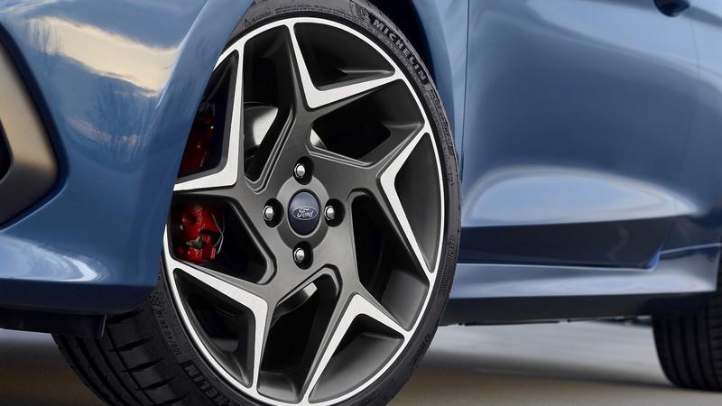 Foto Detalles Ford Fiesta St Dos Volumenes 2017
