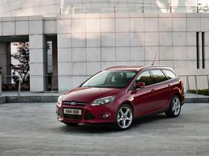 Foto Exteriores-(2) Ford Focus Dos Volumenes 2011