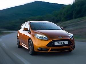 Foto Exteriores-(9) Ford Focus Dos Volumenes 2011