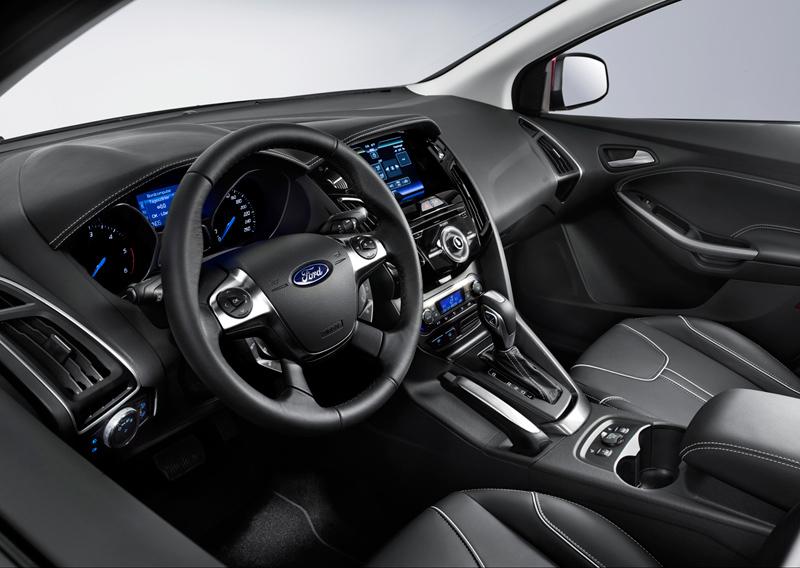 Foto Interiores Ford Focus Dos Volumenes 2011