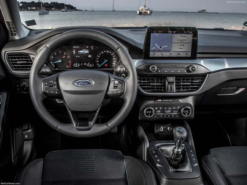 Foto Interiores Ford Focus Active Dos Volumenes 2018