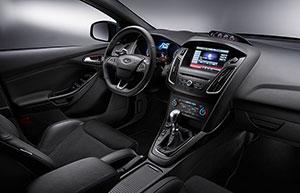 Foto Interiores Ford Focus-rs Dos Volumenes 2015