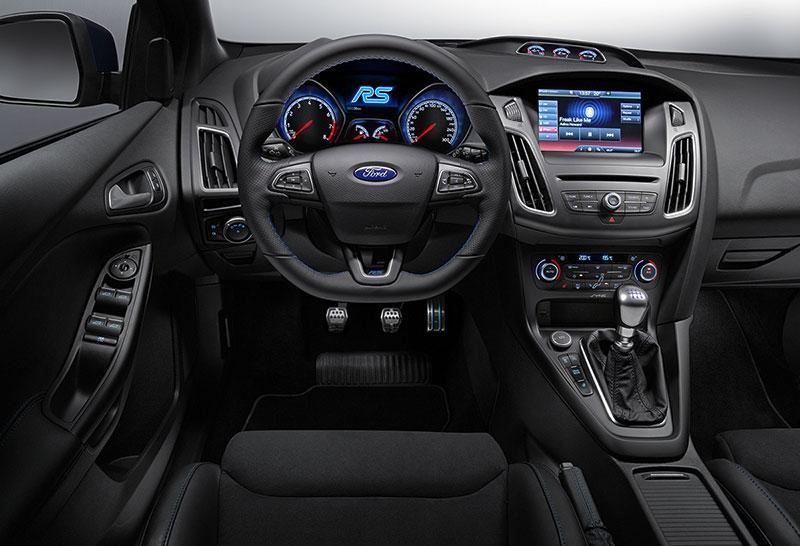 Foto Salpicadero Ford Focus Rs Dos Volumenes 2015