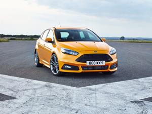 Foto Delantera Ford Focus-st Dos Volumenes 2014