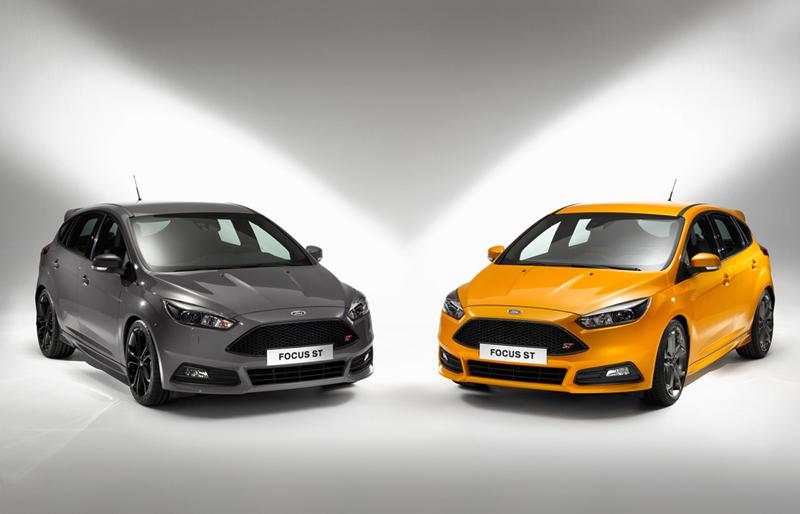Foto Exteriores Ford Focus St Dos Volumenes 2014